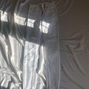 Zara white jeans size 24 or SMALL.